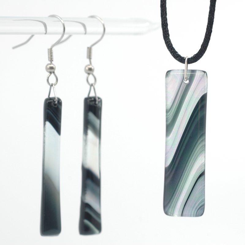 Black swirled Iridescent pendant and earrings