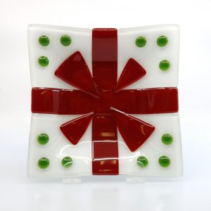 Christmas fused glass plate with red bow and green dots