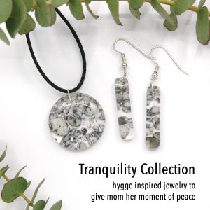 Fused Glass River Rock Round Jewelry Set Tranquility Collection Cover